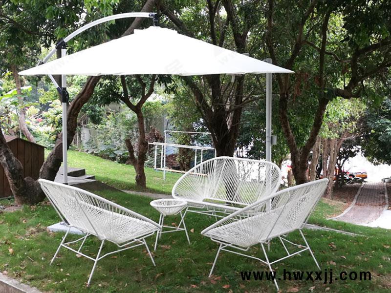 园区户外休闲场所,户外家具和户外遮阳伞怎么能少呢?